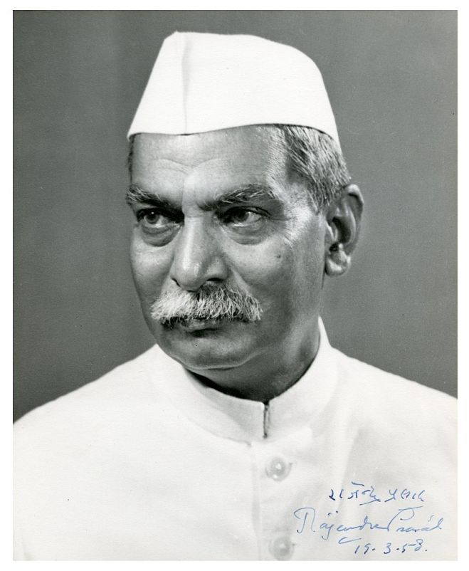 Rajendra Prasad (Image Source: Wiki Commons - https://upload.wikimedia.org/wikipedia/commons/thumb/d/dd/Rajendra_Prasad_%28Indian_President%29%2C_signed_image_for_Walter_Nash_%28NZ_Prime_Minister%29%2C_1958_%2816017609534%29.jpg/842px-Rajendra_Prasad_%28Indian_President%29%2C_signed_image_for_Walter_Nash_%28NZ_Prime_Minister%29%2C_1958_%2816017609534%29.jpg)